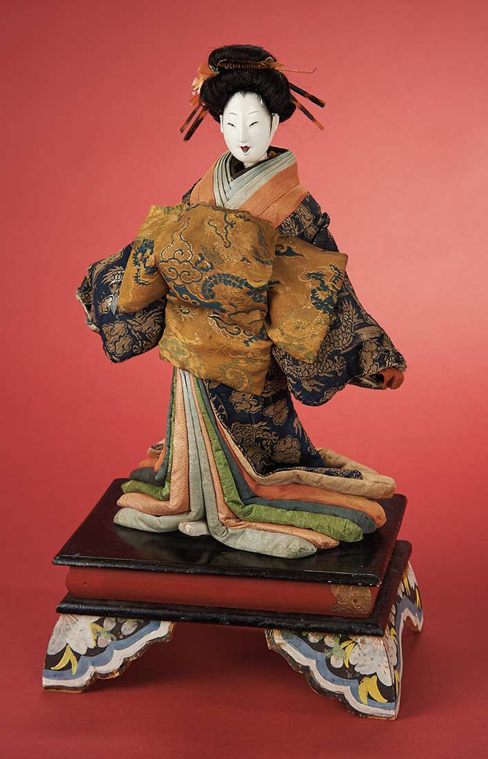 Beautiful Carved Wooden Courtesan With Costume And Luxury Plinth Edo Period