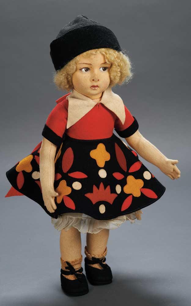 Apples An Auction Of Antique Dolls 74 Italian Felt