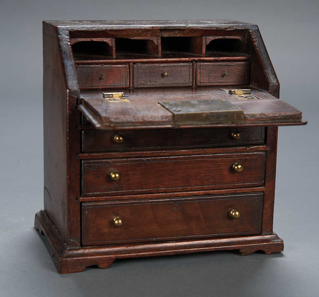 Early Miniature English Mahogany Slant-Front Desk - Apples - An Auction Of Antique Dolls: 118 Early Miniature English