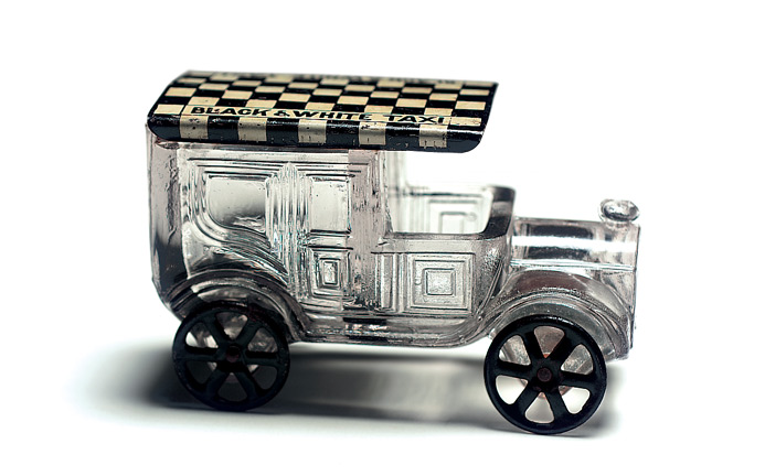 american glass candy containers 216 black and white taxi. Black Bedroom Furniture Sets. Home Design Ideas